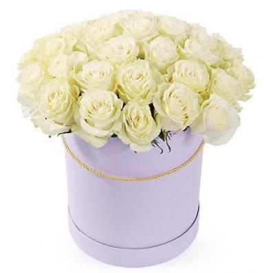 Букет из 35 белых роз в коробке