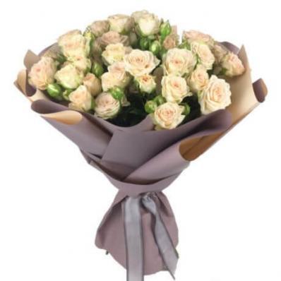 Букет из 9 кремовых кустовых роз