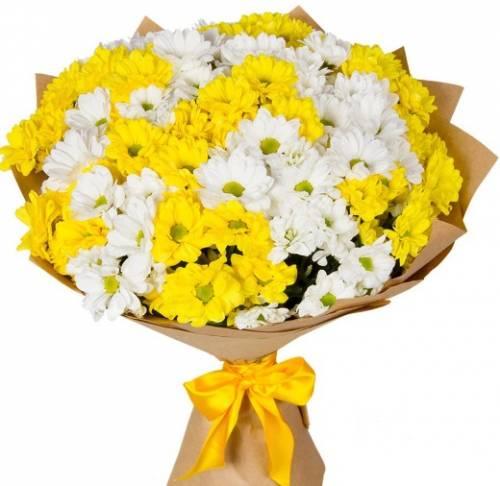 Цветы из кустовых хризантем на День матери