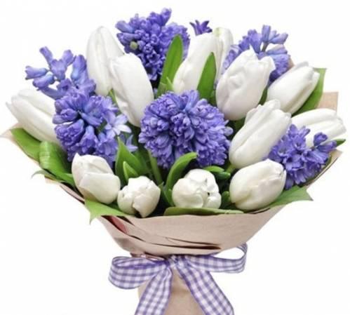 Букет из тюльпанов на День матери