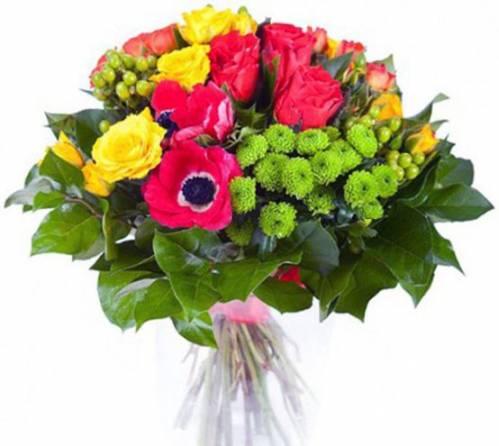 Шикарная цветочная композиция на День матери
