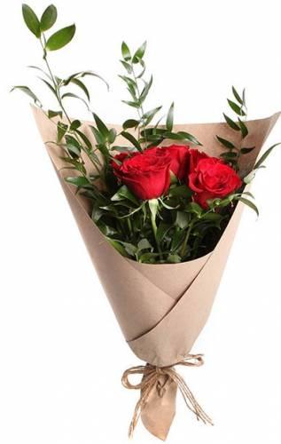 Дизайнерский букет из красных роз