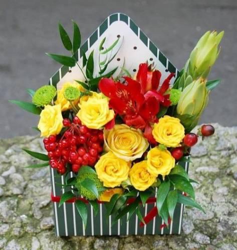 Букет из живых цветов на 1 сентября