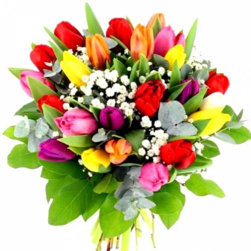 Букет из тюльпанов на 8 марта для мамы