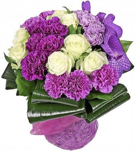 Букет на День рождения из фиолетовой гвоздики