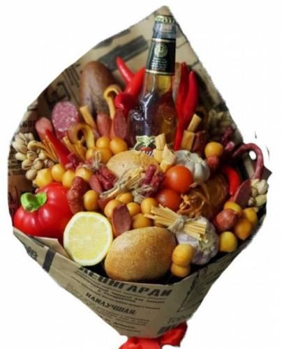 Мужской букет из колбасы и сыра на 23 февраля