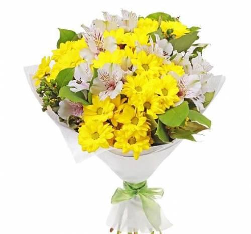 Букет с хризантемой на День рождения
