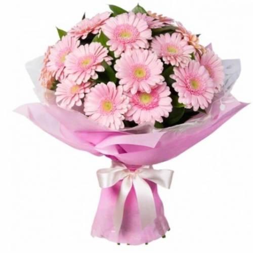 Розовые герберы на 8 марта