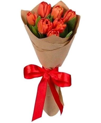 Букет из 7 красных тюльпанов